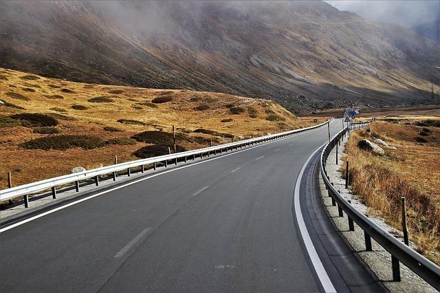 silnice u hor