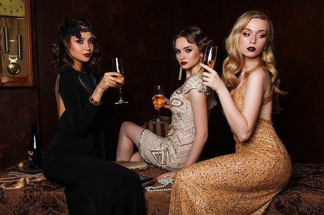 Ženy se šampaňským